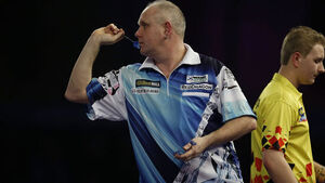 Ian White goes out on third-day shock at Alexandra Palace