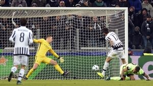 Juve leapfrog Man City to secure group-stage progression