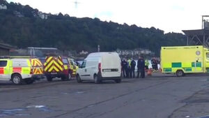 Man's body recovered after car pulled from water in Cork city