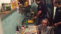 Italian police cook pasta for elderly couple heard 'crying with loneliness'