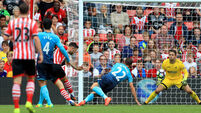 Charlie Austin stakes claim for starting place as Southampton defeat Swansea