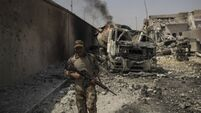 Iraqi forces 'tens of metres' from defeating IS