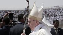 Pope Francis defies security concerns with open-air mass in Egypt