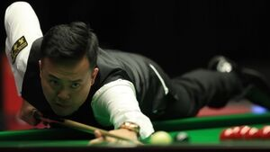 Final frame fluke allows Marco Fu to seal Masters progression against Judd Trump