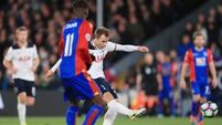 Christian Eriksen strike keeps Spurs in title race