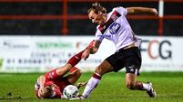 Dundalk survive Shelbourne scare