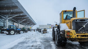 Massive effort at Cork Airport to clear runway of snow