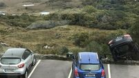 Tourists teetering in car were inches from disaster on edge of Co Kerry attraction