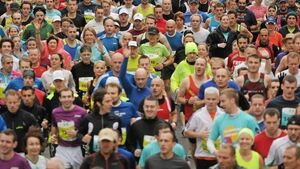 20,000 people take  to the streets for the Dublin Marathon