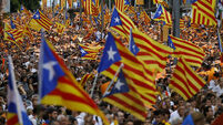 Spanish court 'suspends Catalonia independence vote plan'