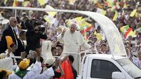 Pope Francis defended after criticism by Rohingya Muslim campaigners
