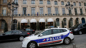 Latest: Police hunt thieves after botched Ritz Robbery in Paris; all stolen jewels recovered
