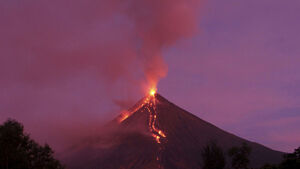 Significant ash falls near erupting volcano in Philippines