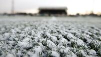 Premier League clubs expecting to hold full schedule of games despite bad weather