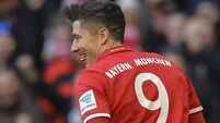 Bayern bank on Lewandowski as Pole's double sinks Bremen
