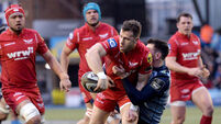 Gareth Davies looks to offload 31/12/2017