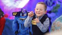 See why Late Late Toy Show viewers want Tadhg for President as he owns Tubs