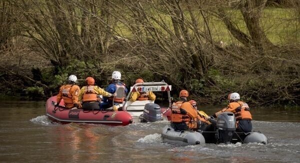 The search for Elisha Gault on the river Suir in Carrick On Suir Co. Tipperary. Picture Dylan Vaughan.