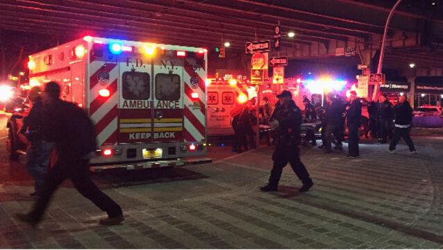 Five dead after helicopter crashes into New York City river