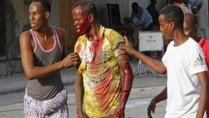 14 killed and 10 wounded in bomb attack near Somalia hotel