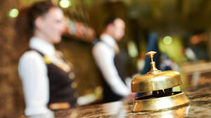 Hotel staff shortage 'mounting risk'