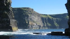 Student dies after falling from Cliffs of Moher while taking selfie