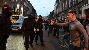 Taoiseach slaps down Justice Minister on garda photo ban at protests