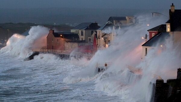 Storm Eleanor kicks off with its wrath in Lahinch, Co Clare, on January 2, 2018, the beginning of a strange sequence of weather in Ireland during the year. Picture: Press 22