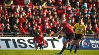JJ Hanrahan steps in to guide Munster past Castres