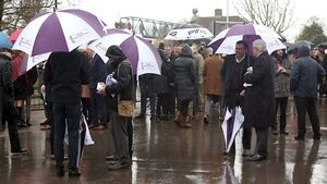 Cheltenham to inspect course as stormy Wednesday threatens racing
