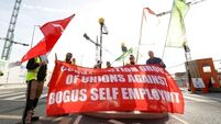 Construction workers protest against 'bogus' self-employment