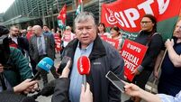 SIPTU criticise Government for announcing judiciary pay increase when health workers were on strike