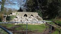 Order to 'meet deadline to restore folly'