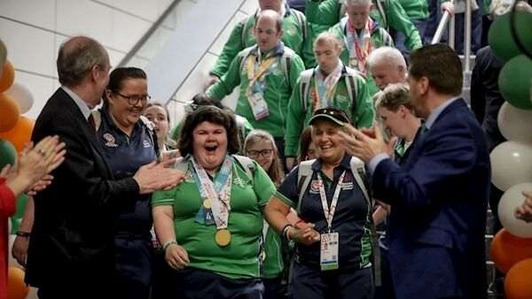 Team Ireland arrive. Photo: INPHO/Oisin Keniry