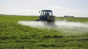 Farmers told to follow best practice as pesticides found in public water