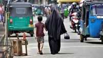 Sri Lanka bans face coverings after Easter bombings
