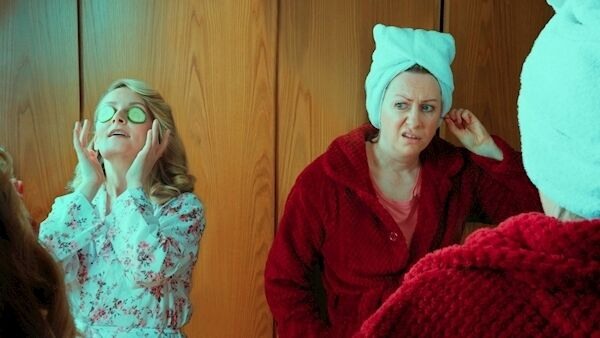 Nichola MacEvilly as Florence and Gillian McCarthy as Olive in the Everyman's production of 'The Odd Couple'. Picture: Bríd O'Donovan.