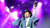 Review: Lauryn Hill proves she still has that thing