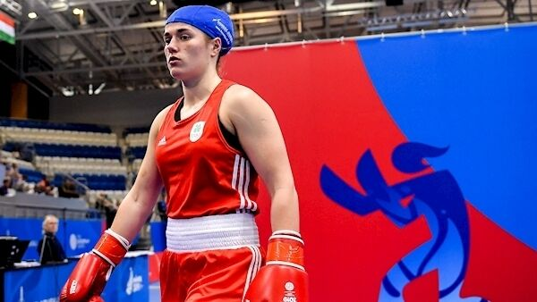 Grainne Walsh of Ireland makes her way to the ring prior to her Women's Featherweight bout against Rosie Eccles of Great Britain at Uruchie Sports Palace on Day 4 of the Minsk 2019 2nd European Games in Minsk, Belarus. Photo by Seb Daly/Sportsfile.