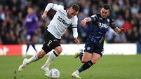 Roofe gives Leeds play-off advantage at Pride Park