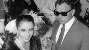 Lights, camera and action for Liz Taylor lifestyle auction