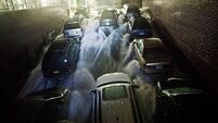 New York battered and flooded by Sandy as Obama declares 'major disaster'