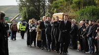 Hundreds attend Paidi O'Sé's funeral