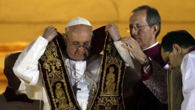 Pope's link to 'Dirty War' defended