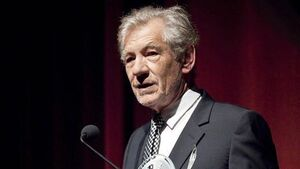 McKellen hits out at Lewis' 'fruity actor' criticism