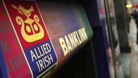 1,800 banking jobs at risk