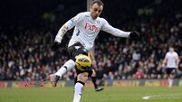 Spurs find range late on to deflate Berbatov-inspired Fulham