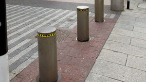 Man awarded €7,500 after fall caused by disappearing bollard