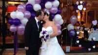 Quirky World ... Couple tie the knot in Pizza Hut