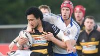 Young Munster stay in hunt